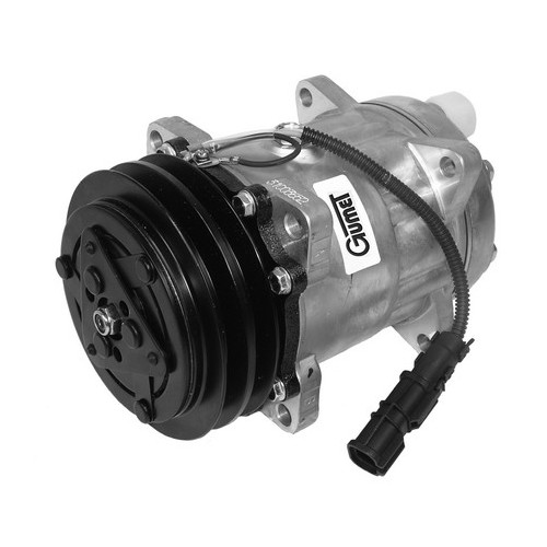 Air condition compressor with coupling